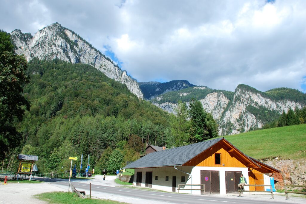 Austria, Alpy, Dolina Hollental