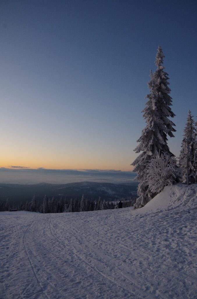 Hala Rysianka wcześnie rano