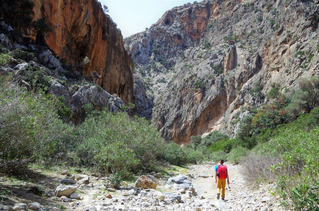 Wejście do wąwozu Agiofaragio