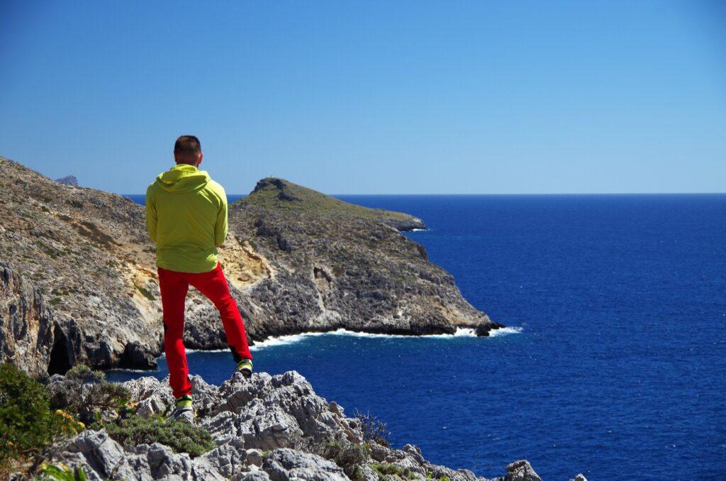 Podziwianie kreteńskich krajobrazów