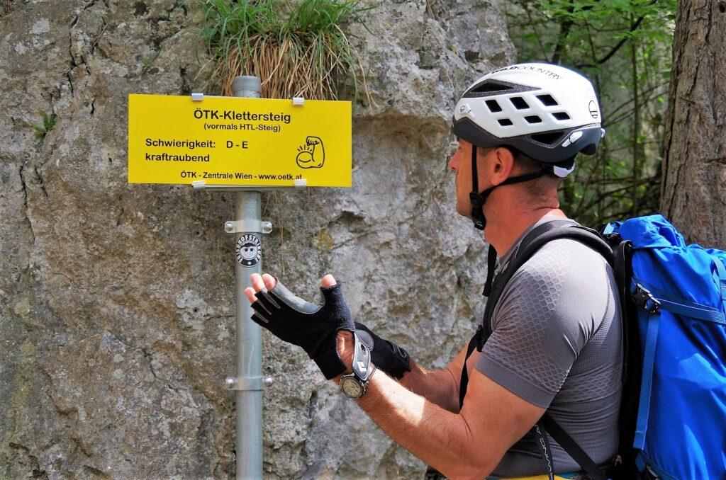 Przed wejściem w ferratę OTK Klettersteig
