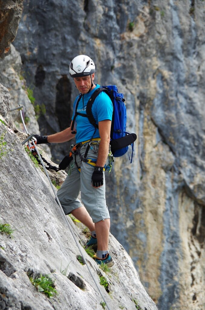 Ostatni odcinek ferraty OTK Klettersteig zaczyna się trawersem