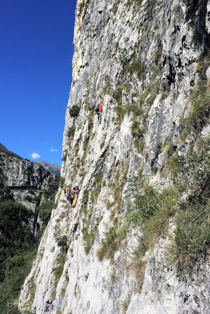 Wspinacze na drodze Amazzonia, PIccolo Dain, Sarche Włochy
