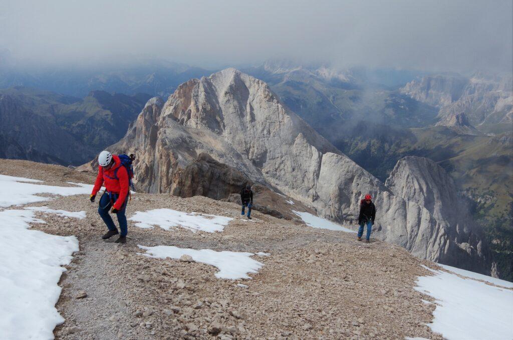 Ostatnie metry - zdobywamy szczyt Punta Penia