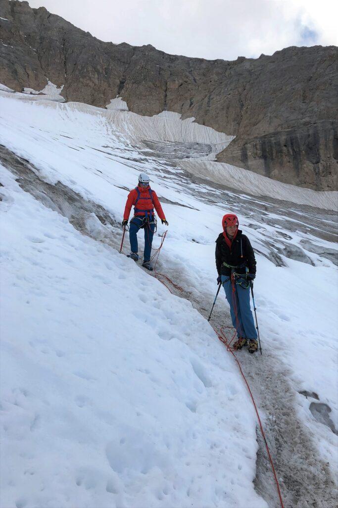 Na lodowcu Marmolady podczas zejścia ze szczytu