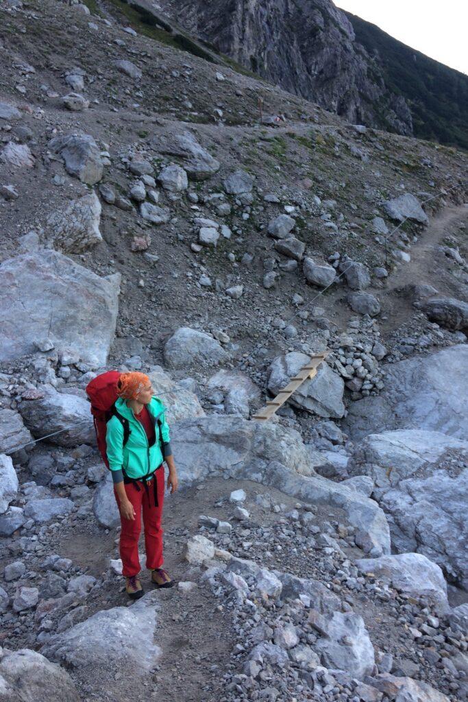 Pola na podejściu via ferratę Anna Klettersteig, Dachstein