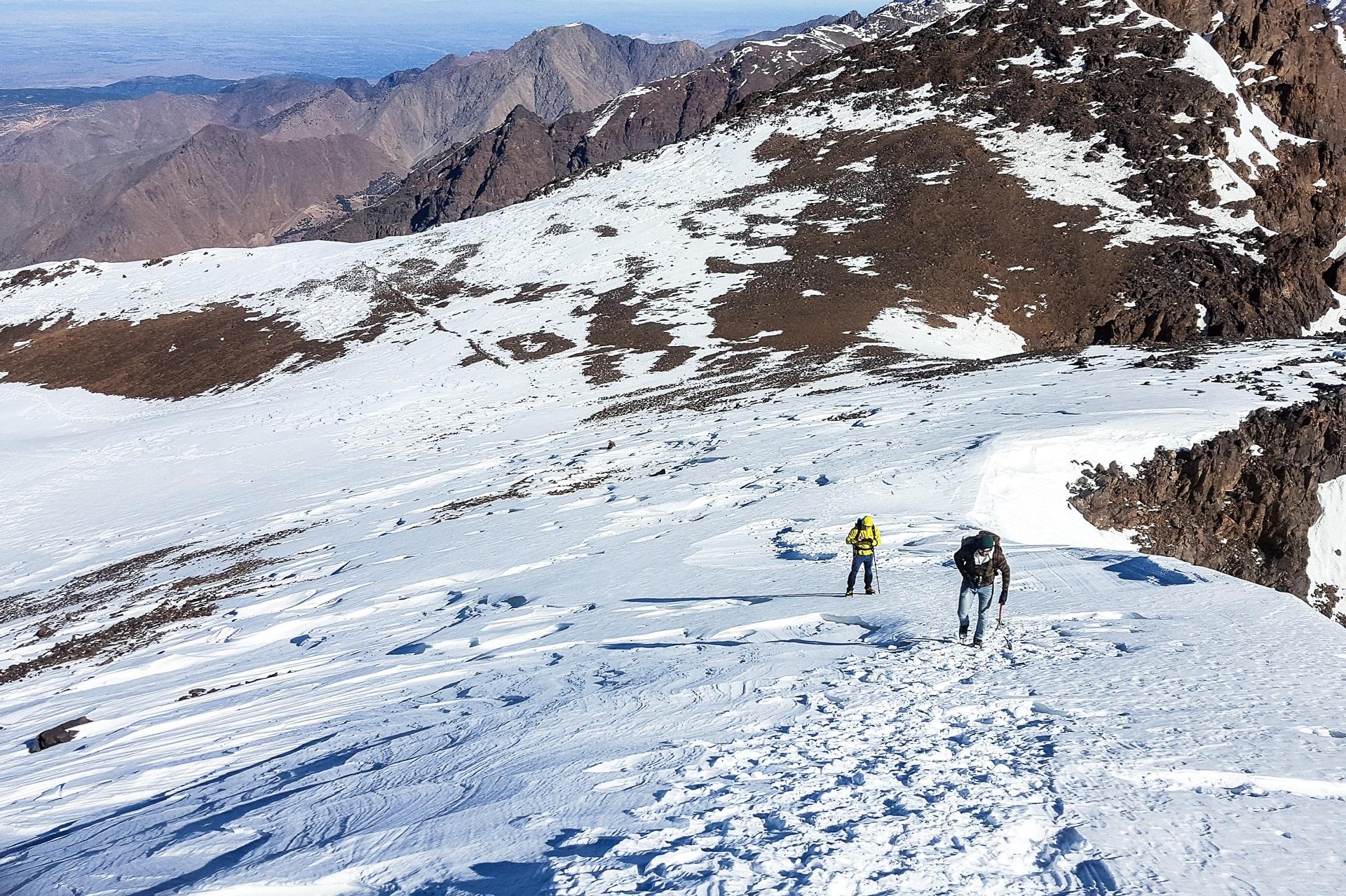 Z przełęczy jest widok na całe góry Atlas