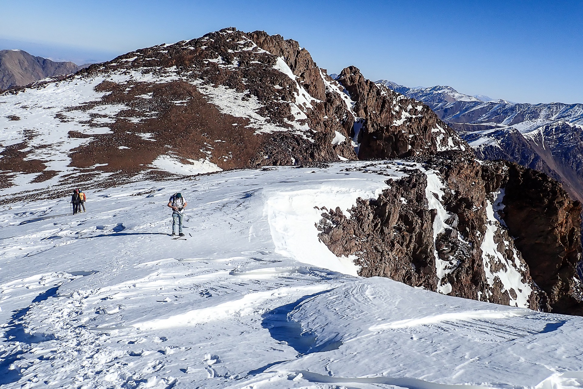 Chwila lekkiego trekkingu na przełęczy