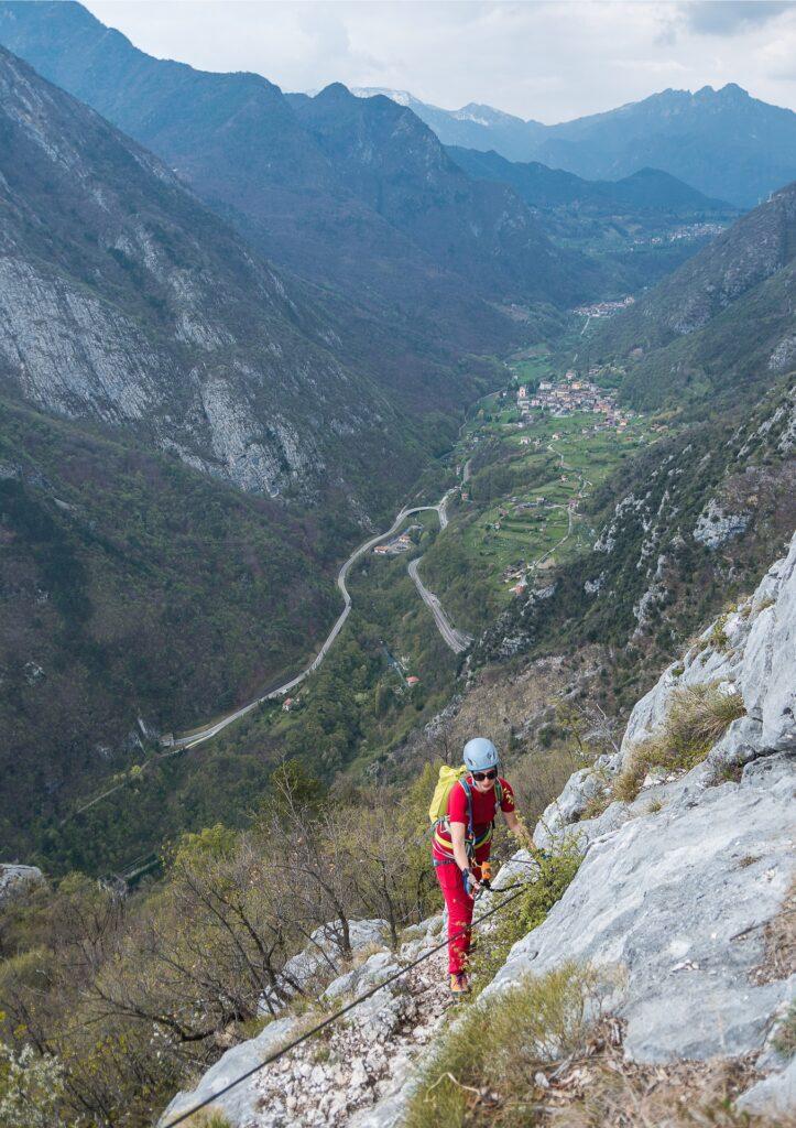 Z Ferraty Susatti widać dolinę Valle di Ledro
