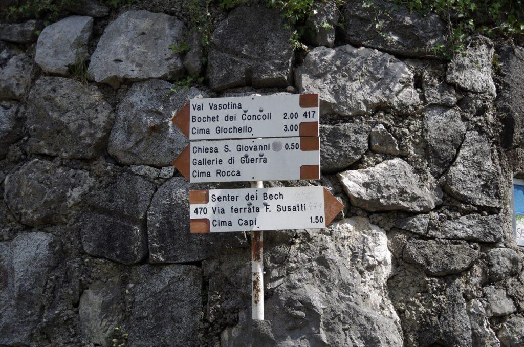 We Włoszech wszystkie szlaki są czerwone, ale mają numery, które ułatwiają orientację