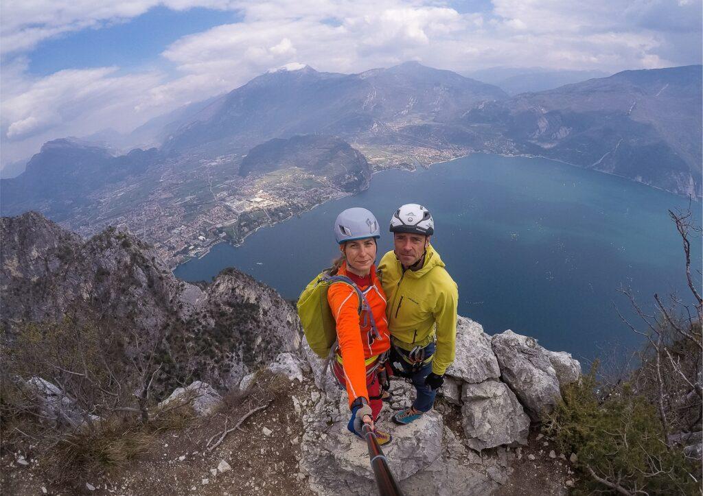 Wycieczkę na Cimę Rocca można połączyć ze zdobyciem Cimy Capi - tutaj zdjęcie z Cimy Capi