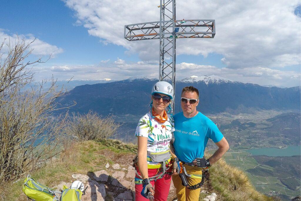 Krzyż na wysokości 1600 m, Monte Casale