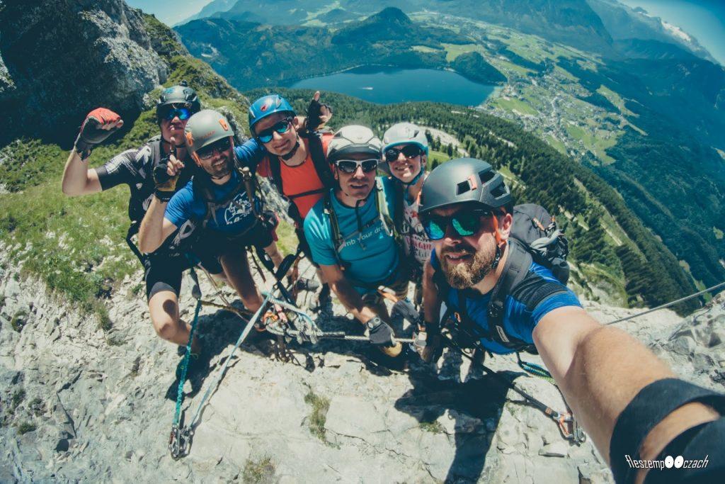 Selfie w miejscu odpoczynkowym na Sisi Klettersteig, fot: fleszempooczach.pl