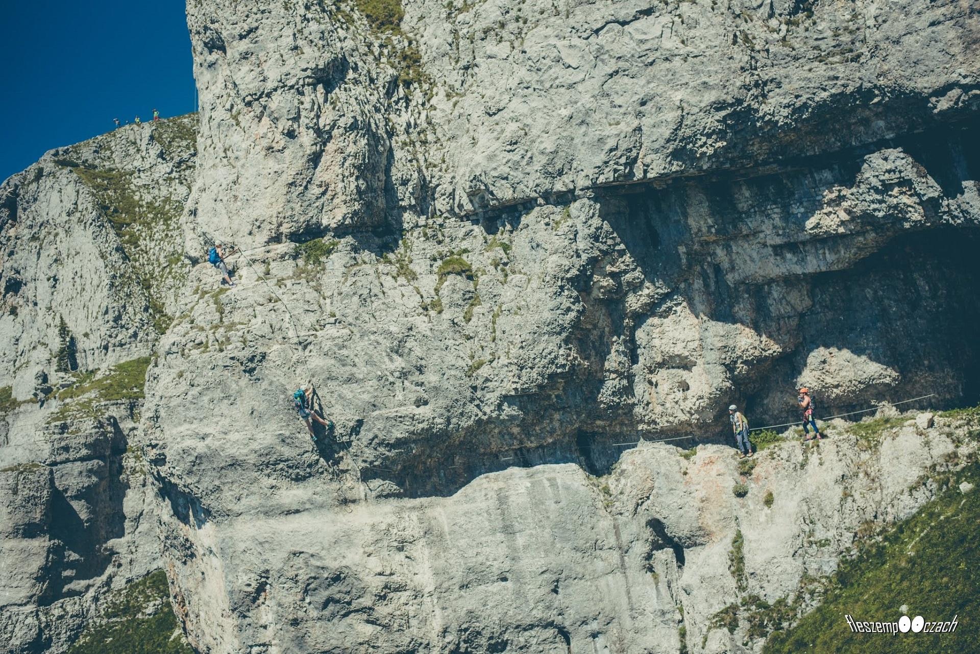 Kluczowy moment na ferracie Panorama Klettersteig Sisi